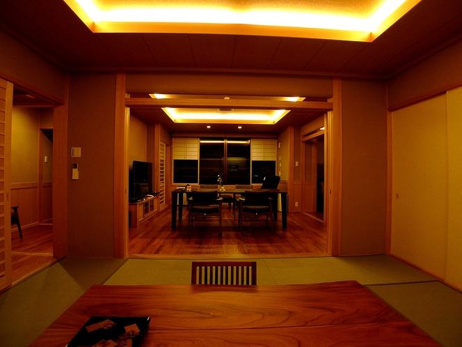 スイートルーム胡蝶蘭の間、和室10畳からダイニングルーム。