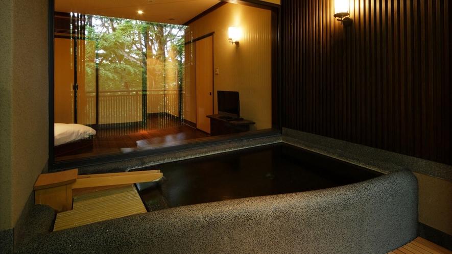 朱雀風呂と寝室*