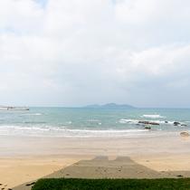 *【景観】一歩旅館の外に出ると、目の前は神湊海岸。