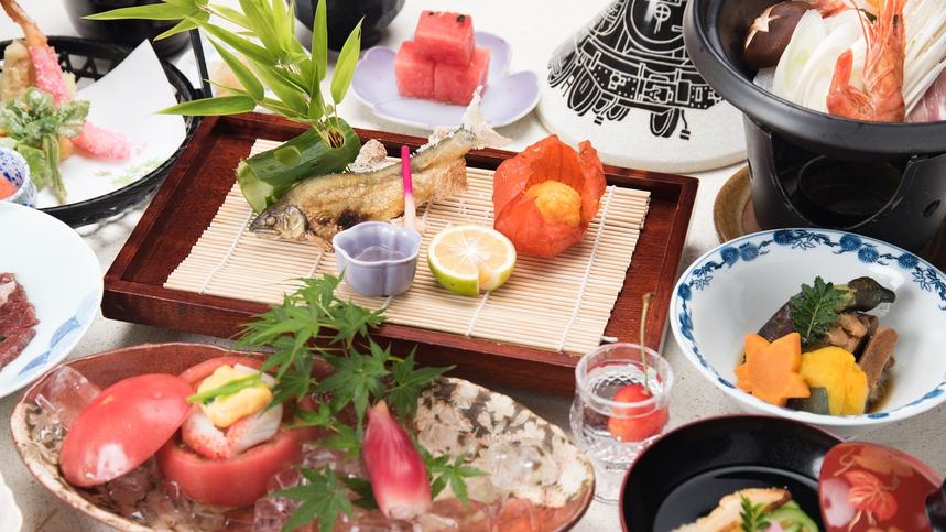*【夕食一例/会席】見た目にこだわった会席で5感でお食事をお楽しみください。