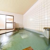 *【大浴場/女】温泉ではございませんが、広々大浴場でゆっくりお寛ぎください。
