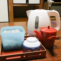 *[客室一例]電気ケトルとお茶セットをご用意しております。