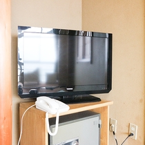 *[客室一例]テレビは全てのお部屋にございます。