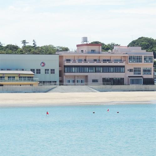 *[外観]茨城の人気ビーチ、阿字ヶ浦海岸に建つ当館は全室オーシャンビュー!