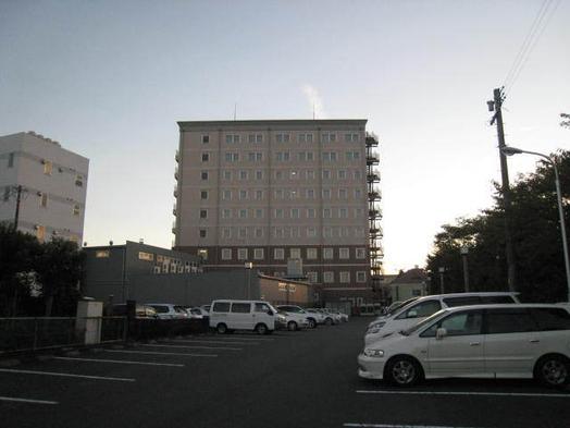 【楽天トラベルセール】静岡ホテル時之栖スタンダードプラン 無料平面駐車場完備