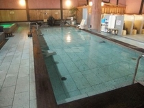 徒歩3分 天神の湯 ヒノキ風呂