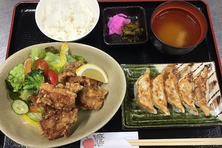 【お店名物】静岡餃子&鶏の唐揚げ定食