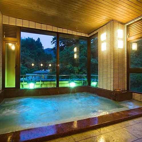 【内風呂】美肌の湯を心ゆくまでお楽しみ下さい。