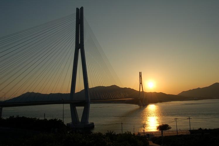 多々羅大橋の夕日