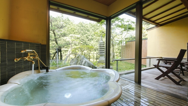 花形内風呂+和室6畳+ツインベッド+庭テラス