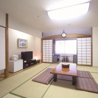 《本館》  和室 ゆったり10畳 ◆喫煙◆