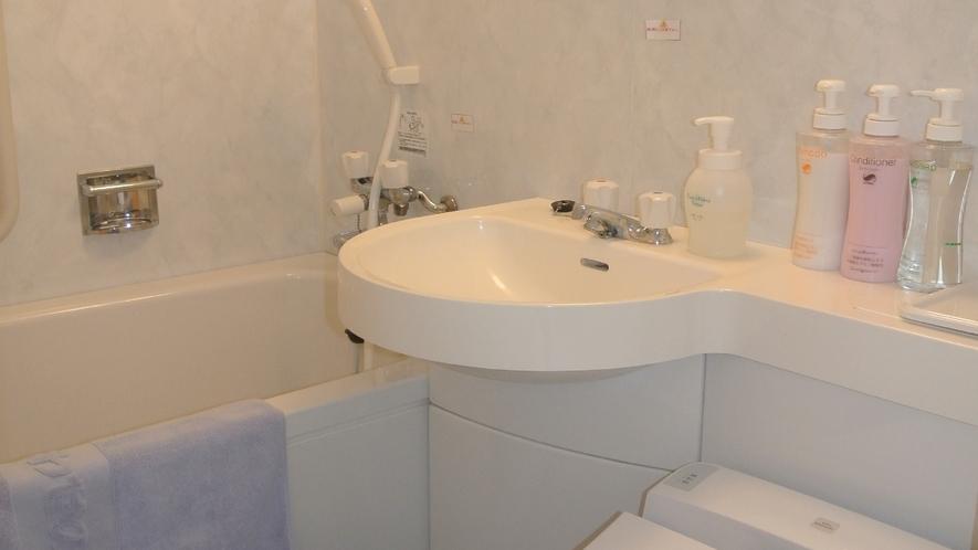 本館 洋室 バストイレ