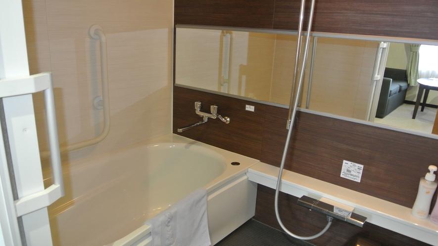 本館 グループルーム 浴室