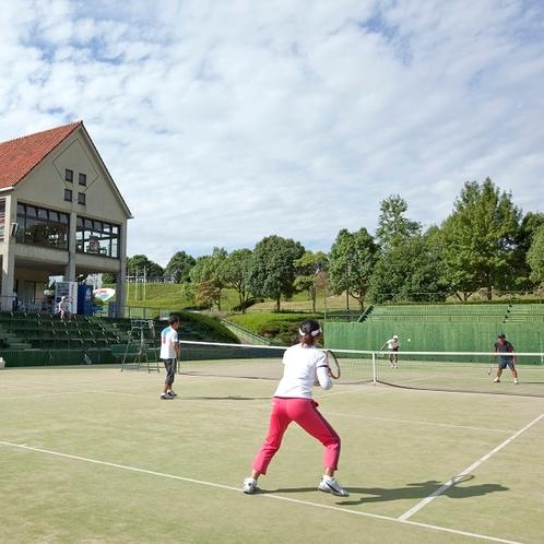 テニスコート(予約制)