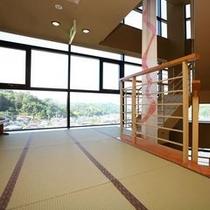 階段ホールからの眺望