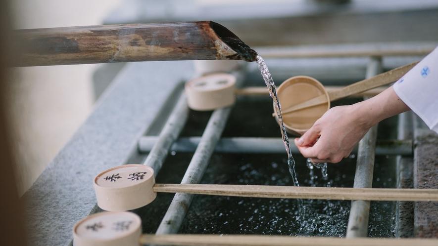 ■北向観音の手水舎 温泉が使われている珍しい手水舎で温かくほのかに硫黄の香りがします