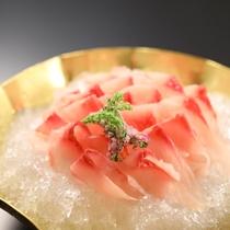 別注料理「鯉のあらい」