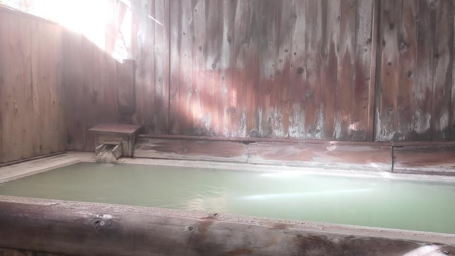 女性風呂・間欠泉『弘法の湯』