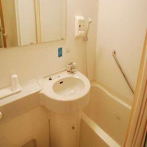 【浴室内アメニティ】歯ブラシ・カミソリのみになります★ヘアブラシはフロントロビーにございます。