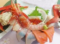 【海鮮丼】最北の海の幸をふんだんに使った贅沢な海鮮丼
