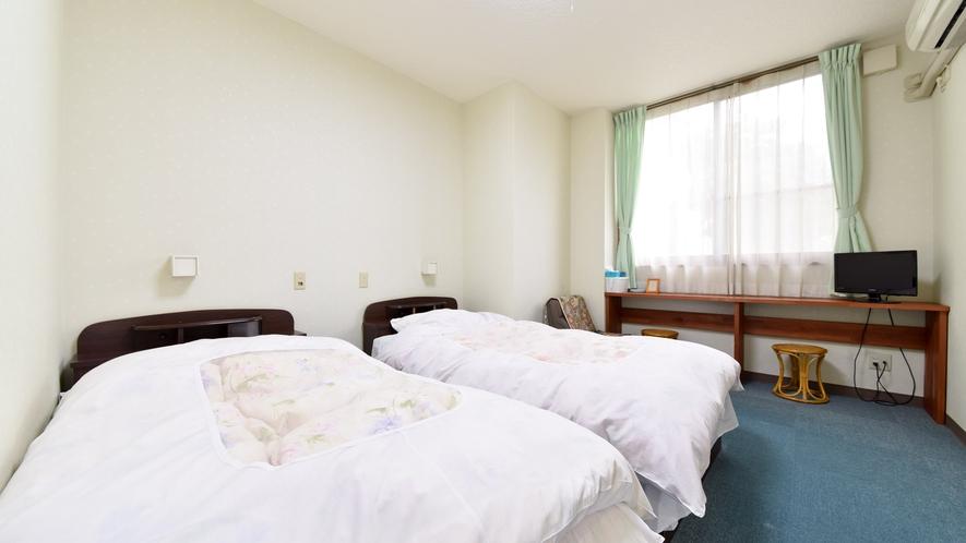 *【洋室一例】ふかふかのベッドで旅の疲れを癒してください。