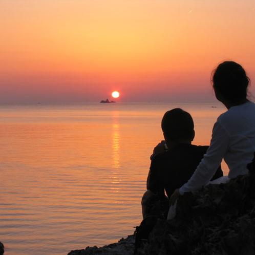 <おとめこ海岸>ロマンチックな夕日が絶景です♪(徒歩5分)