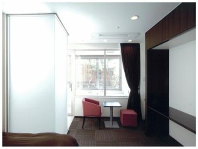 ジャグジー風呂付洋室120号室