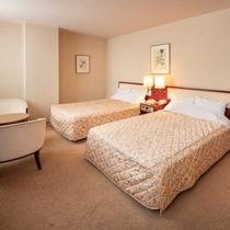 ●スイートルーム57平米寝室
