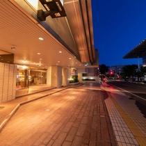 ●ホテル外観