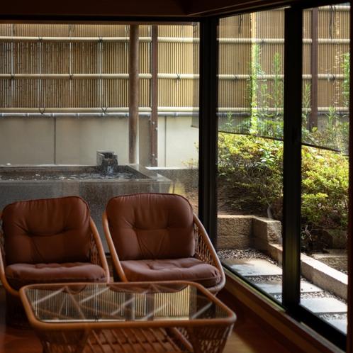 ●露天風呂付和室★12畳+6畳+応接室+坪庭