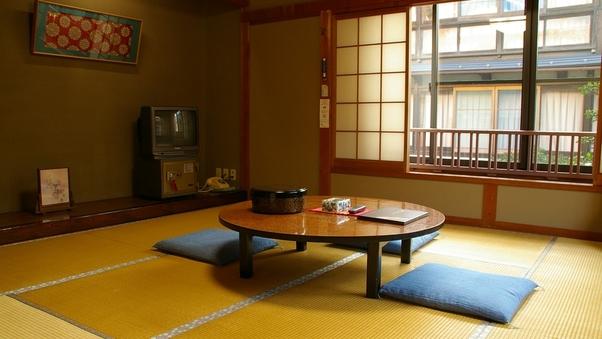 B:12畳のゆったり和室【トイレなし】(3階)