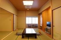信楽焼き陶器風呂付き客室