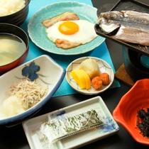 *みやこ荘の朝食