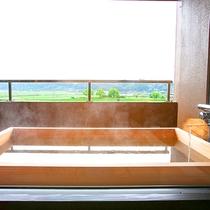 眺望抜群の客室露天風呂