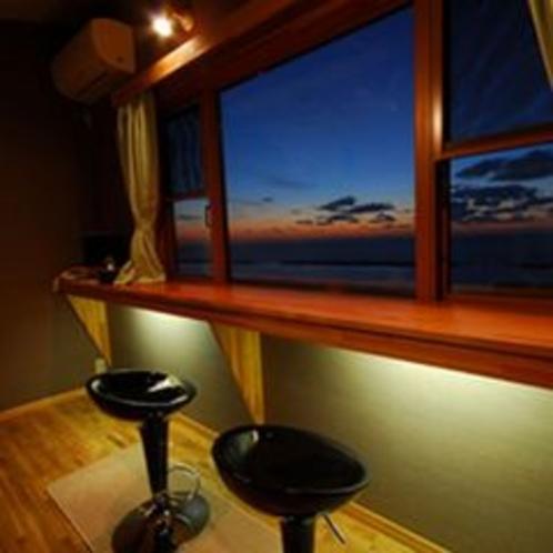 別邸 華海廊 ロフトからの海に沈む本物の夕日を!