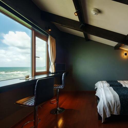 『離れ 華海廊』 客室はすべてメゾネットタイプ。ベッドルームから日本海一望。