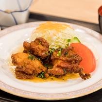 日替わりランチ 鶏の唐揚げ定食