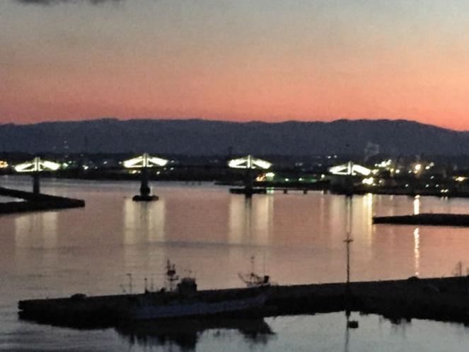 お部屋から見る夕暮れの眺望