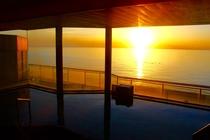 大浴場からの夕日