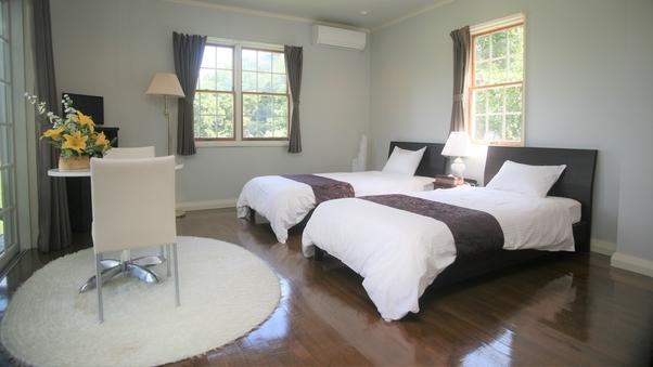 セミスイート 4ベッド(ツイン×2、室内浴室)