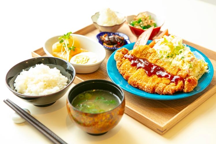 日替わり定食(夕食)