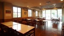 広々の食堂