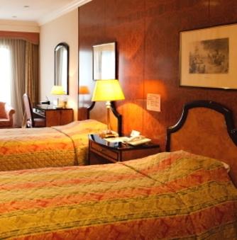 ホテル棟洋室(25平米、Wi−Fi、バス・トイレ付)