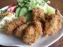 愛南産プリプリ牡蠣を使ったカキフライ。