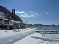 レイクサイドホテル(冬季)