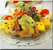 ターキーローストとマンゴーのサラダ