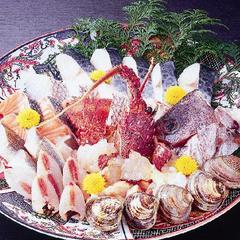 海の幸いっぱい〜♪あっさりポン酢で魚ちり鍋コース