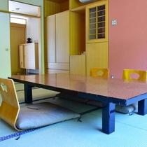 お部屋テーブル