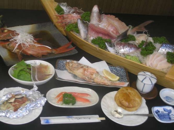 料理の一例13 ※料理内容は、季節や仕入れ状況によって多少変わります。