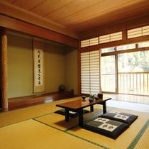 和室10畳 1名〜5名でご利用できます。